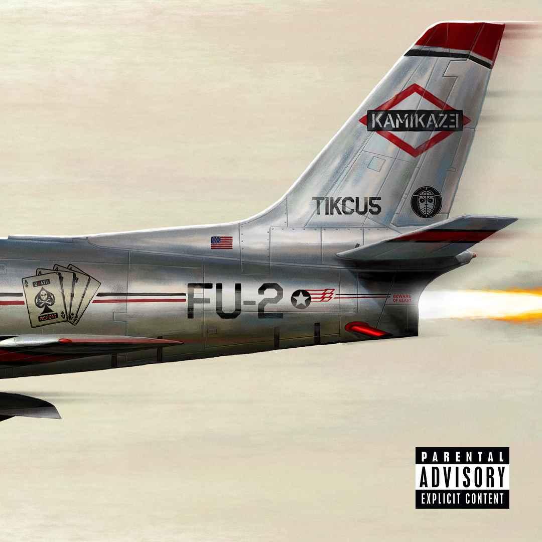 Eminem Kamikaze okładka